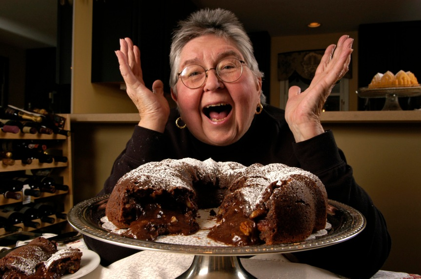 """Shirley Corriher and the """"tunnel of fudge"""" ©Robin Nelson"""