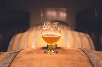 beer-on-barrel